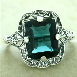 💖2 Kt London Blue Topaz .925 Silver Antique Ring